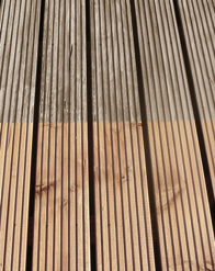 Hout-ontgrijzer verwijdert effectief vervuiling, grijze verkleuringen, roestsporen, algen en mos op houten dekken en terrassen en andere houten ondergronden
